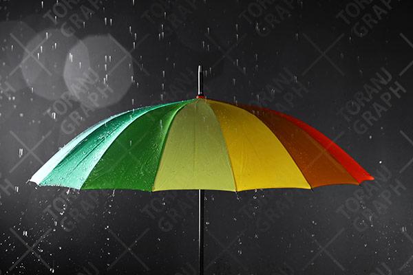 عکس با کیفیت چتر رنگی